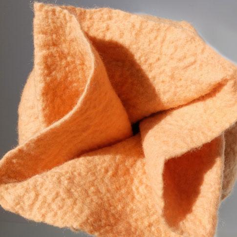Filzurne Verschluss apricot